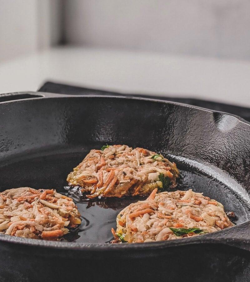 vegan latkes frying