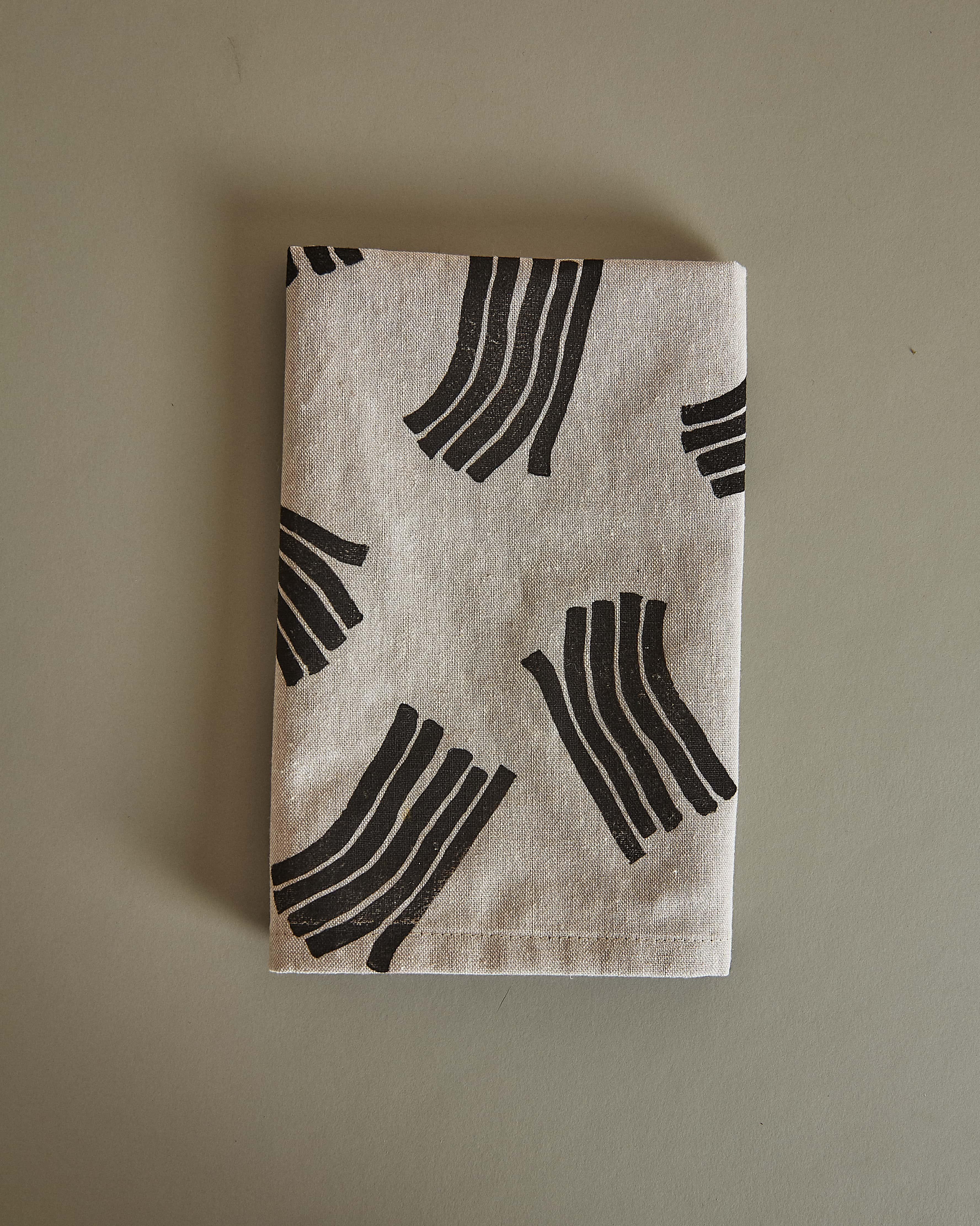 wave napkin folded